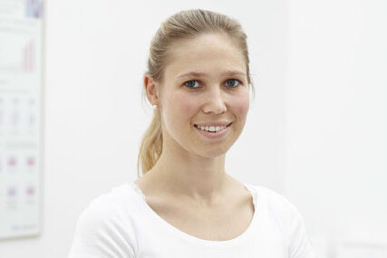 Team - Dr. med. dent. Simone-Melanie Linder (geb. Max)